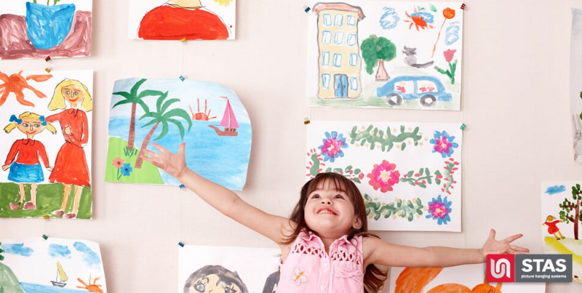 magnet-hanging-kids-room